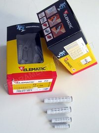 ELEMATIC T6 nylon dowel - light weight fixing in solid or empty brick