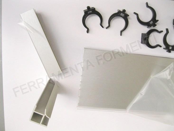 4 m cm265 135 zoccolino per mobile cucina pvc rivestito alluminio accessori scegliere altezza - Altezza zoccolo cucina ...