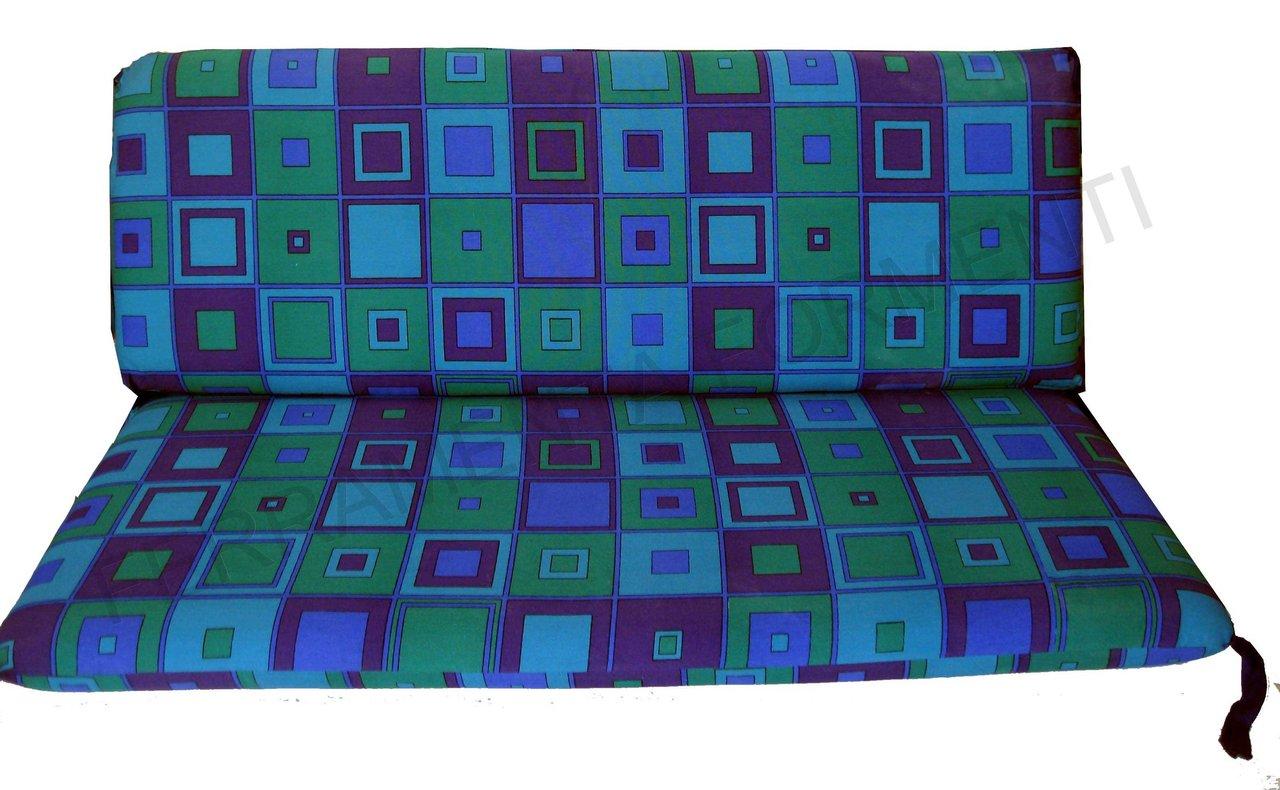 Cuscino fantasia quadri blu per divanetto reguitti giardino for Reguitti mobili da giardino