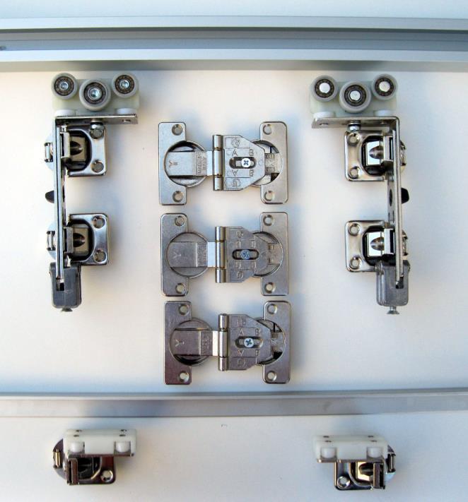 Sistema scorrevole per armadio ad apertura libera (sia da ...